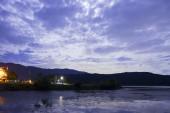 余呉湖の満月